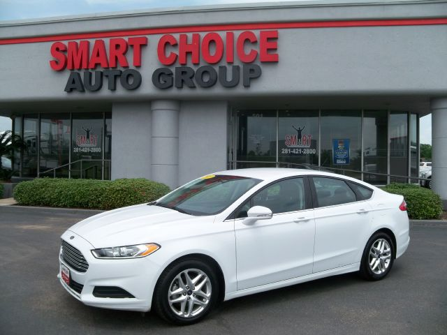 2013 FORD FUSION SE 74k miles Options ABS Brakes Air Conditioning Alloy Wheels Automatic Headl