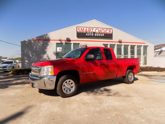 2013 CHEVROLET SILVERADO 1500 LT EXT CAB 2WD 63k miles Options ABS Brakes Air Conditioning AM