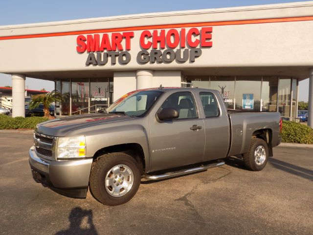 2008 CHEVROLET SILVERADO 1500 WORK TRUCK EXT CAB LONG BOX 2WD 117k miles Options ABS Brakes Air