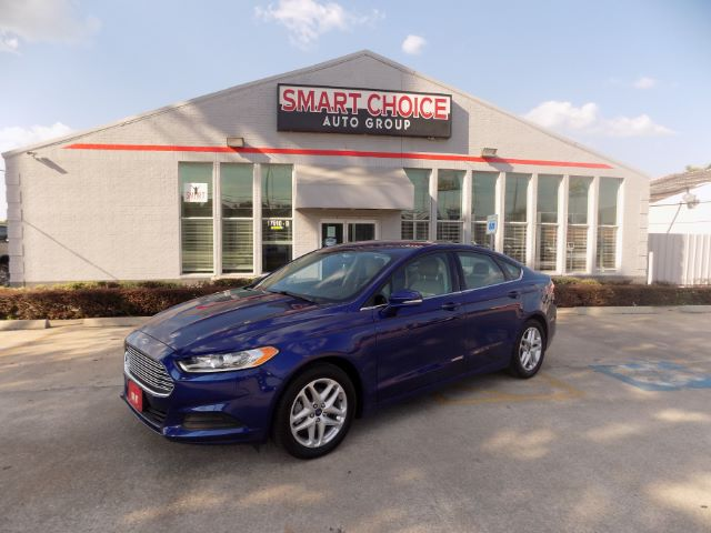 2014 FORD FUSION SE 15k miles Options ABS Brakes Air Conditioning Alloy Wheels Automatic Headl