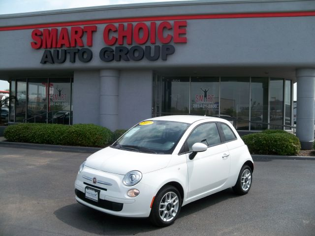 2013 FIAT 500 POP HATCHBACK 34k miles Options ABS Brakes Air Conditioning Automatic Headlights